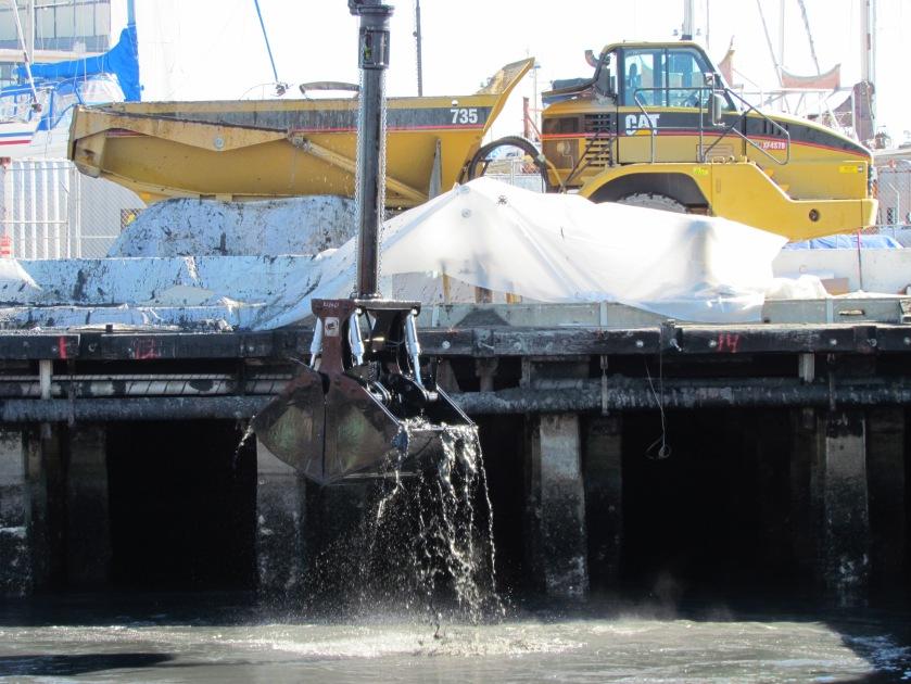 Dredging Pier 1 wharf area