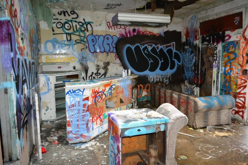 """Graffiti Lounge"""