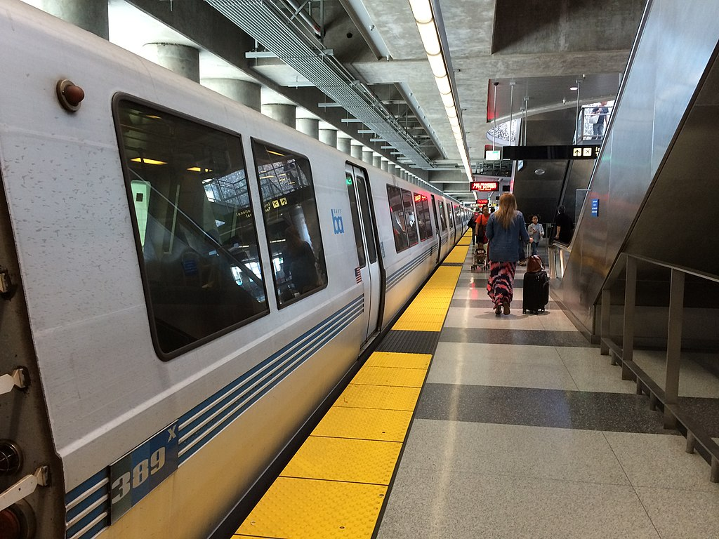 BART station may come to AlamedaPoint