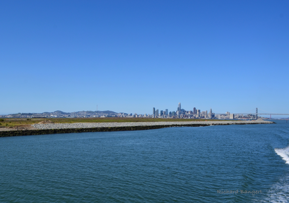Navy stabilizes shoreline at Alameda Point